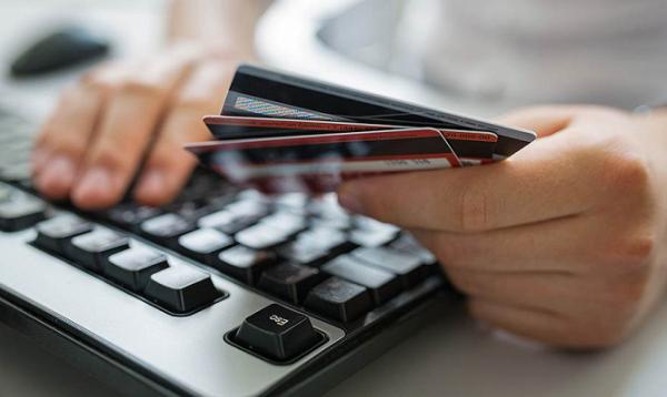 Платежные карты для украинцев: как выбрать?